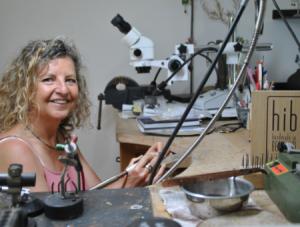 HIB-label voor kunstige juweelontwerpster Marie Swennen